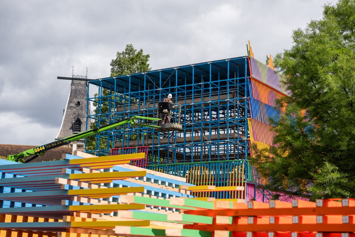 <p>The painted batten panels were laid in overlapping layers. Photography © Jack Storey</p>
