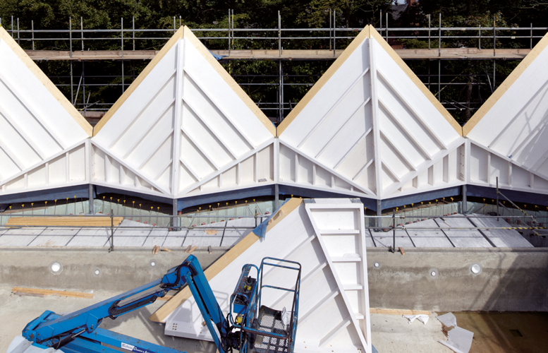 <p><span>The prefabricated stressed skin timber panels rest on zig-zag perimeter columns.</span></p> <p><span>© Jack Hobhouse</span></p>