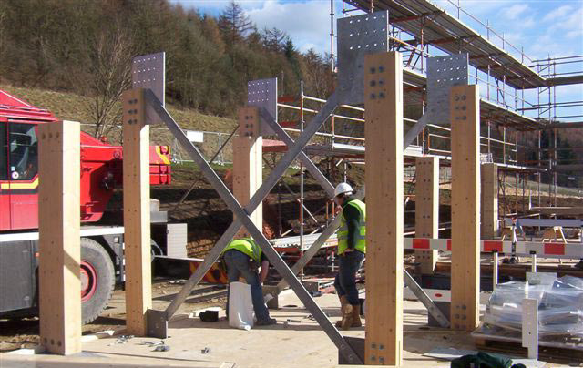 <p><span>Erection of the glulam frame.</span></p> <p><span>© White Design</span></p>