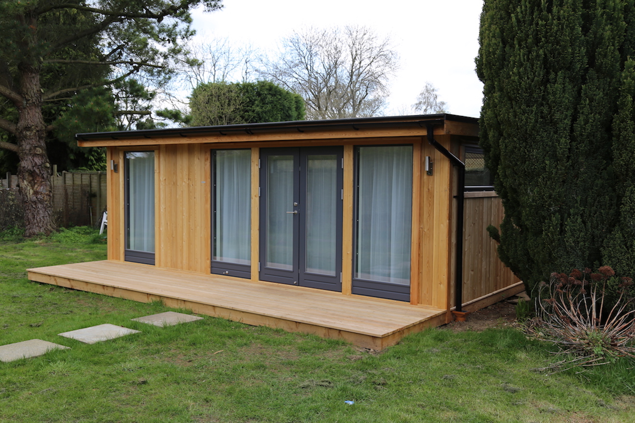 Nordic Wood home office with Siberian Larch decking