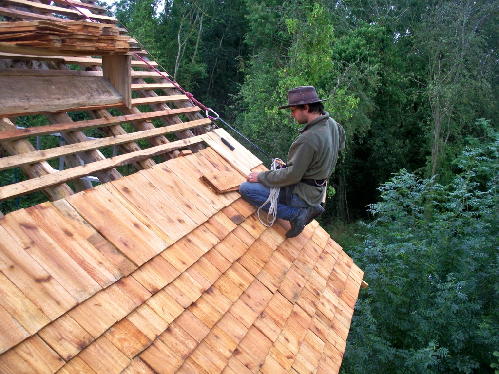 Herefordshire grown western red cedar shingle roof